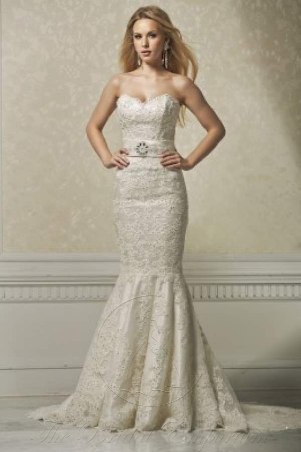 Strapless fitted fish tail, embroidered lace Wedding Dress